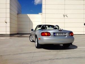 Mazda MX-5 (source - ThrottleChannel.com) 03a