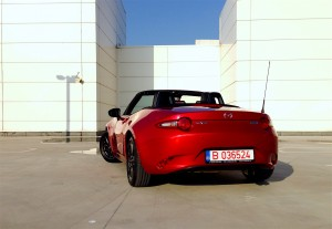 Mazda MX-5 G130 (source - ThrottleChannel.com) 06