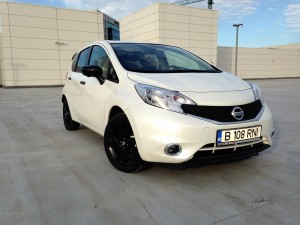 Nissan Note (source - ThrottleChannel.com) 001