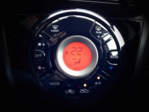 Nissan Note (source - ThrottleChannel.com) 016