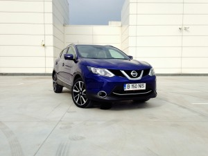 Nisaan Qashqai 1.6 dCi X-Tronic (source - ThrottleChannel.com) 001