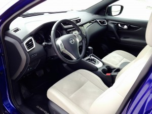 Nisaan Qashqai 1.6 dCi X-Tronic (source - ThrottleChannel.com) 010