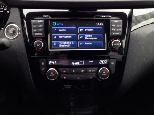 Nissan X-Trail 1.6 dCi (source - ThrottleChannel.com) 45