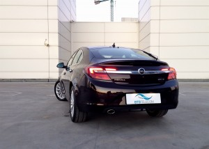 Opel Insignia 2.0 CDTi (source - ThrottleChannel.com) 02