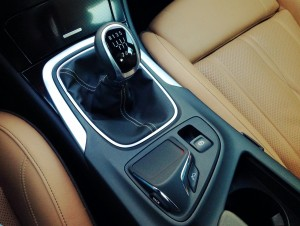 Opel Insignia 2.0 CDTi (source - ThrottleChannel.com) 14