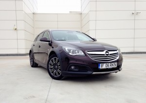 Opel Insignia Country Tourer (source - ThrottleChannel.com) 01