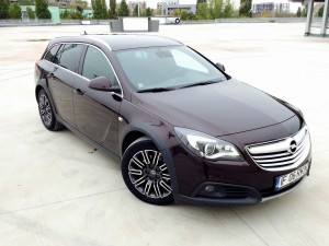 Opel Insignia Country Tourer (source - ThrottleChannel.com) 05