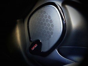 Renault Clio TCe 120 EDC (source - ThrottleChannel.com) 33
