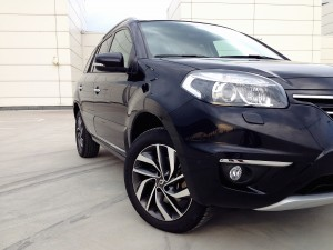 Renault Koleos (source - ThrottleChannel.com) 04
