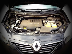 Renault Koleos (source - ThrottleChannel.com) 05