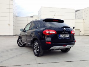 Renault Koleos (source - ThrottleChannel.com) 08