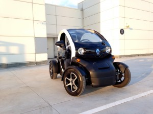 Renault Twizy Z.E. (source - ThrottleChannel.com) 001