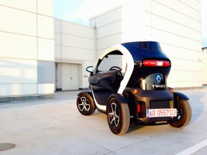 Renault Twizy Z.E. (source - ThrottleChannel.com) 004