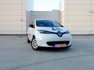 Renault ZOE Z.E. (source - ThrottleChannel.com) 02