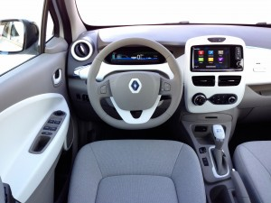 Renault ZOE Z.E. (source - ThrottleChannel.com) 17