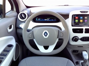 Renault ZOE Z.E. (source - ThrottleChannel.com) 18