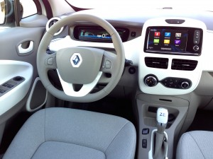 Renault ZOE Z.E. (source - ThrottleChannel.com) 20