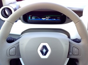 Renault ZOE Z.E. (source - ThrottleChannel.com) 23