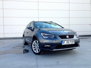 SEAT Leon X-Perience 2.0 TDI DSG (source - ThrottleChannel.com) 01