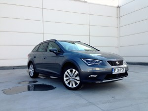 SEAT Leon X-Perience 2.0 TDI DSG (source - ThrottleChannel.com) 03