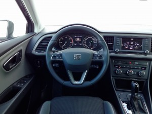 SEAT Leon X-Perience 2.0 TDI DSG (source - ThrottleChannel.com) 13