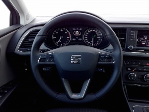 SEAT Leon X-Perience 2.0 TDI DSG (source - ThrottleChannel.com) 14