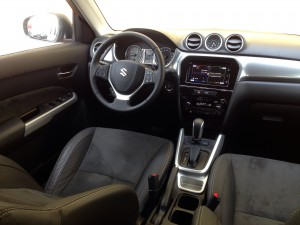 Suzuki Vitara 1.6i FWD AT6 (source - ThrottleChannel.com) 39